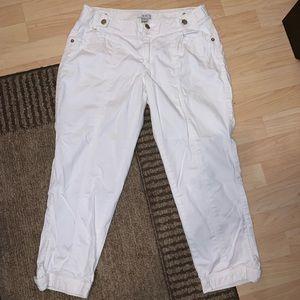 Caché White Capri Pants